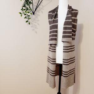 Max Studio | Merino Wool Long Sleeveless Cardigan